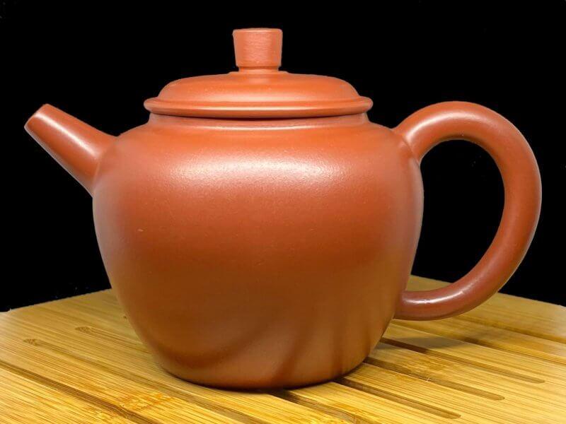 Чайник из исинской глины Б-18