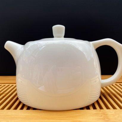Чайник из фарфора белый #4, 200 мл.
