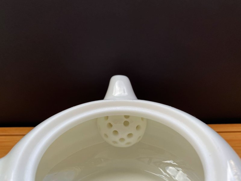 Чайник-из-фарфора-белый-#5
