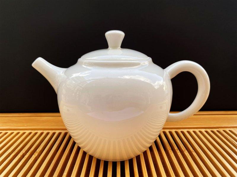 Чайник из фарфора белый #8, 200 мл.